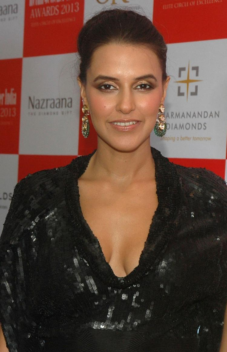 Neha Dhupia Sizzles In Black Dress At The Grand Jury Meet For 9th Retail Jeweller India Awards 2013