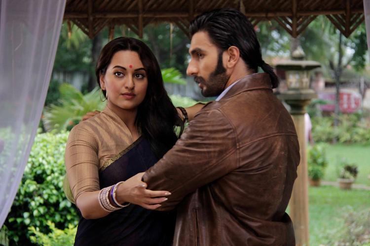 Sonakshi In Black Transparent Saree With Ranveer At Uttran TV Series Set For The Promotion Of Lootera