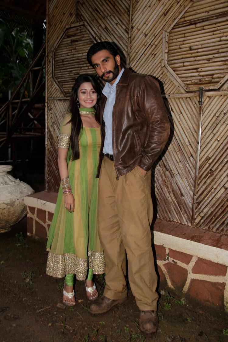 Tina Dutta Poses With Ranveer Singh On The Sets Of Uttaran