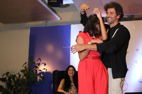 Hrithik Roshan Dancing Still During The Launch Of First Look Of Krrish 3