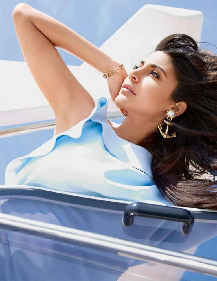 Anushka Sharma Awesome Pic For Vogue India Magazine July 2013
