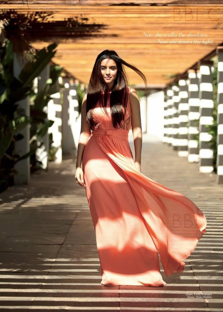 Asin Thottumkal Stunning Photo Shoot In Gown For Filmfare 2013