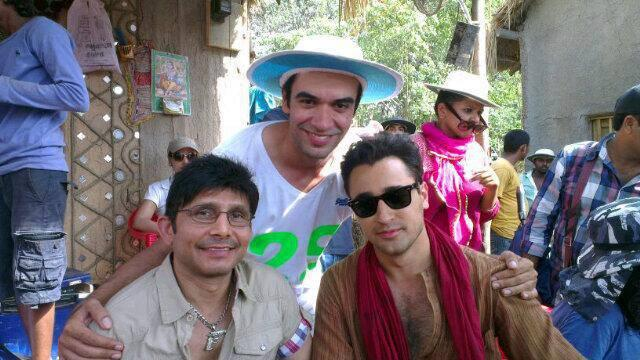 Imran Khan With Cast's On The Sets Of Gori Tere Pyaar Mein