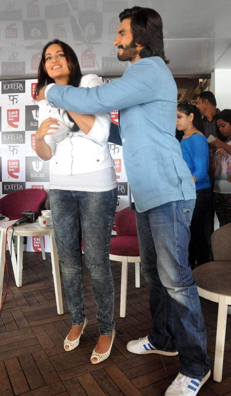 Sonakshi And Ranveer Cool Look During The Promotion Of Lootera At Cafe Coffee Day