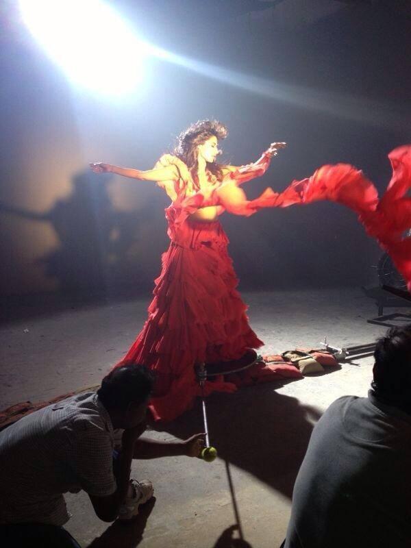 Hot Chitrangda Singh Shoots For Gumraah Promo