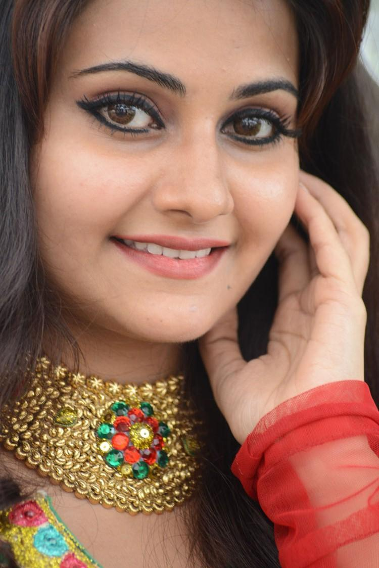 Mano Chitram Beautiful Eyes Look Malligadu Marriage Bureau Launch Event Photo