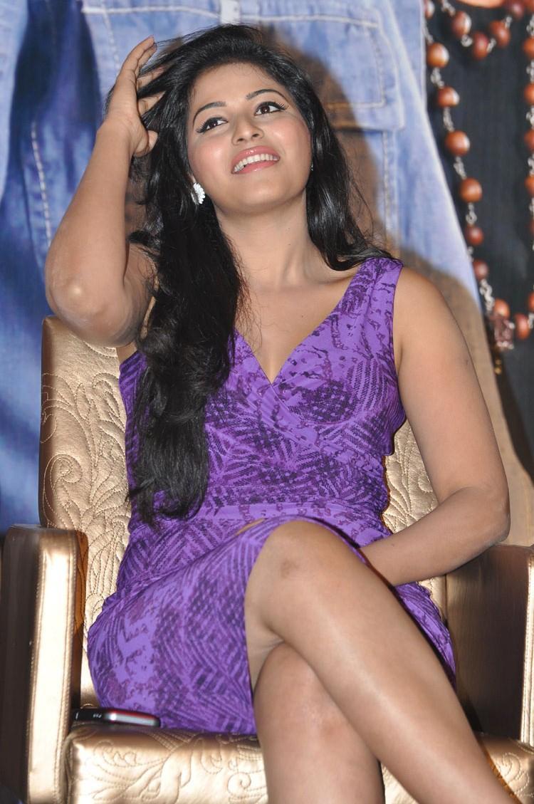 Balupu Movie Success Meet Anjali Latest Photo