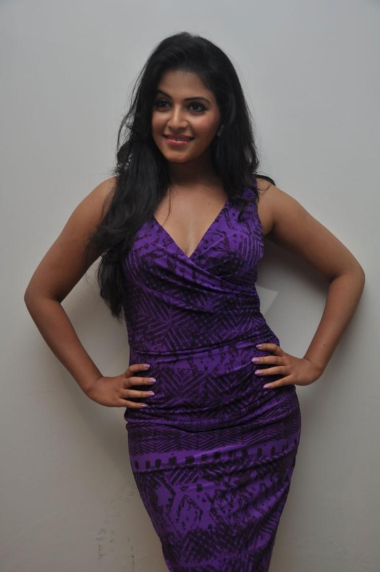 Sizzling Anjali Sexy Pose At Balupu Movie Success Meet
