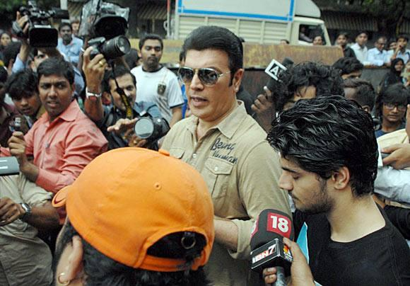 Aditya Pancholi And Son Suraj Pancholi Address The Media After Suraj Pancholi Gets Bail