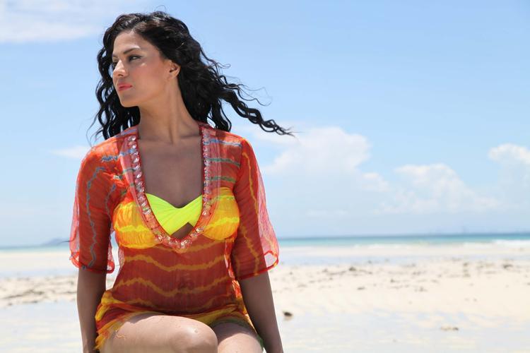 Veena Malik Bold Look Photo Shoot For Silk Sakkath Hot In Thailand
