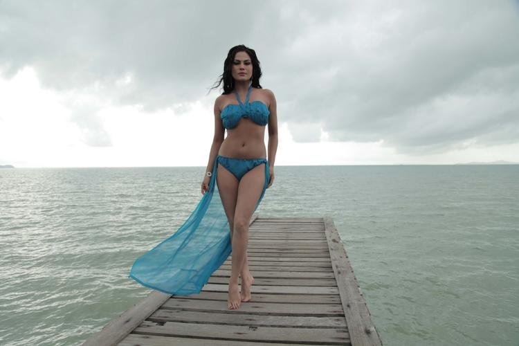 Veena Malik Bold Sexy Look Photo Shoot For Silk Sakkath Hot In Thailand