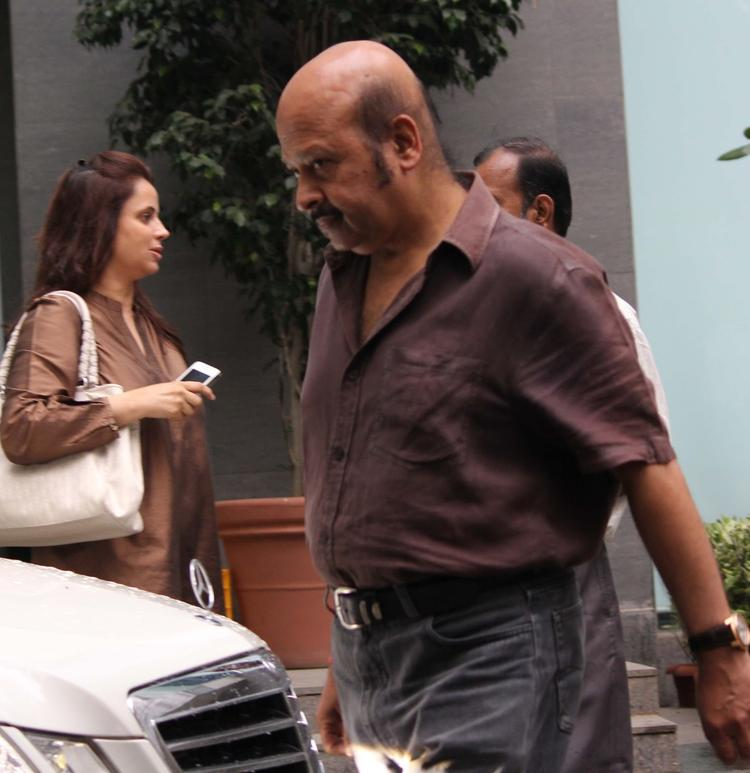 Rajesh Roshan Spotted Outside Of Hinduja Hospital