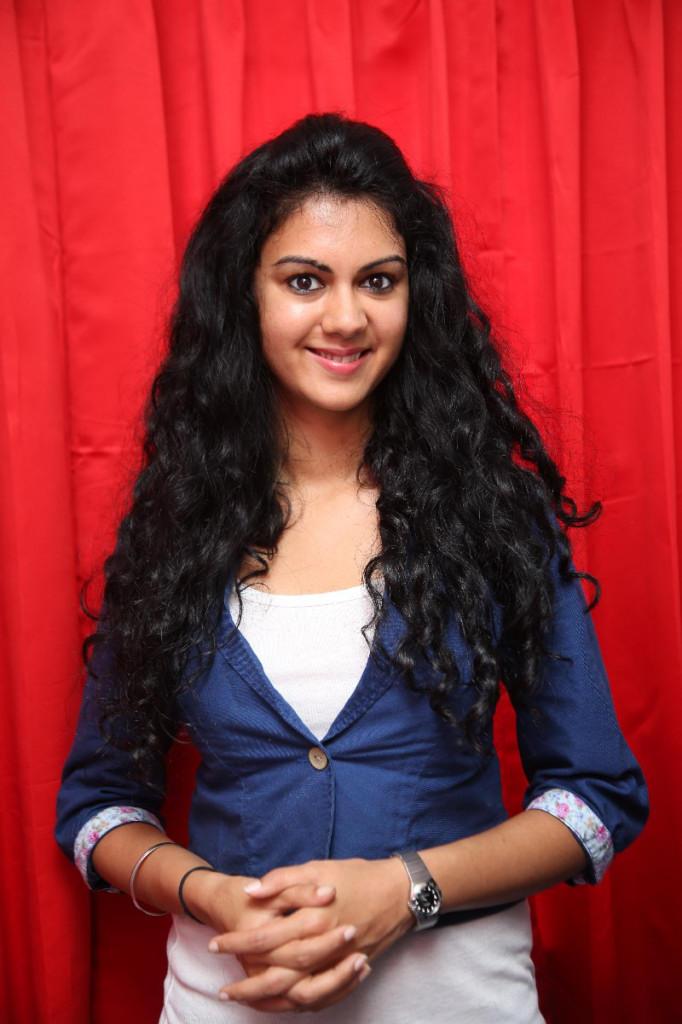 Kamana Jethmalani launches Naveenas Slimming and Cosmetic Clinic