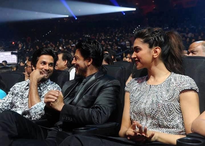 Shahrukh And Deepika Promote Chennai Express At IIFA 2013 In Macau