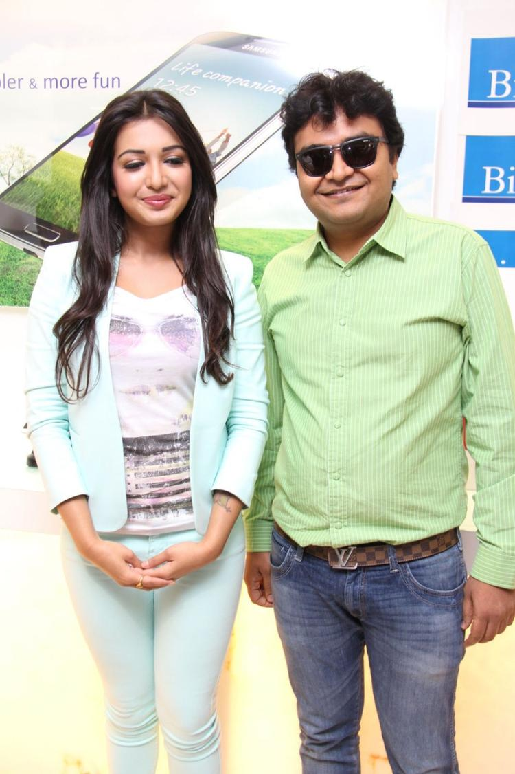 Catherine Tresa Clicked At Big C Mobile Showroom Launch Event