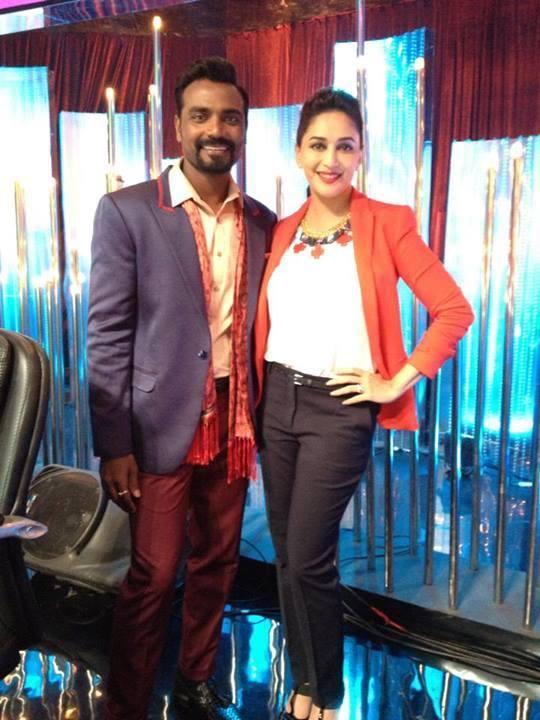 Remo And Madhuri Nice Cool Posed On The Sets Of Jhalak Dikhla Jaa 6