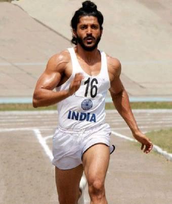 Farhan Akhtar Running Pose Still From Bhaag Milkha Bhaag Movie