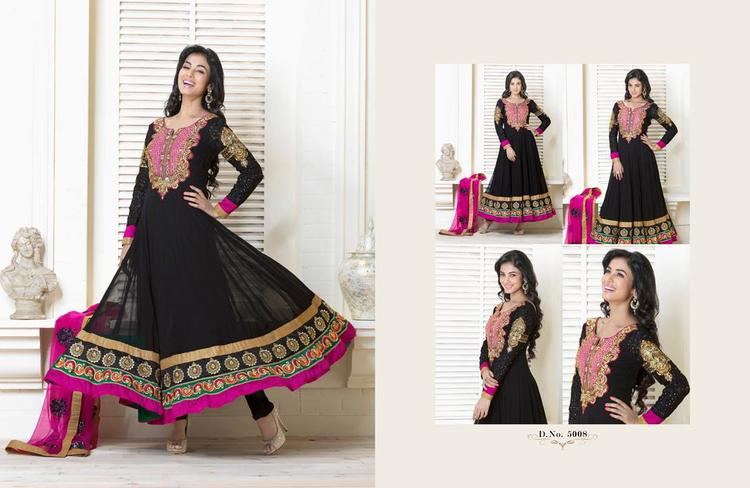 Sonal Chauhan In Black Anarkali Hot Beautiful Look Photo Shoot Still