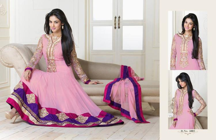Sonal Chauhan In Light Pink Anarkali Charming Trendy Look Photo Shoot Still
