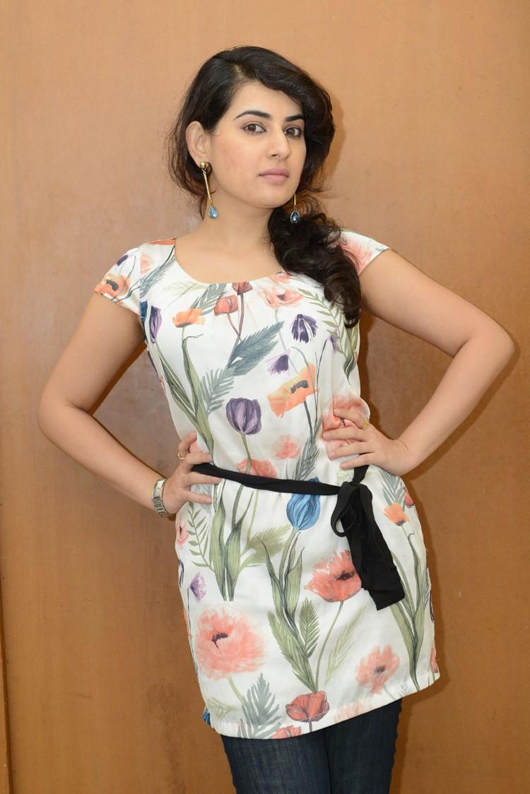 Telugu Actress Archana Sexy Pose Photo Shoot At Panchami Teaser Trailer Launch Function