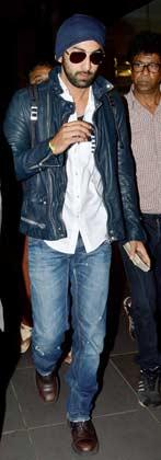 Ranbir Kapoor Make Separate Exits To Avoid The Paparazzi At Airport