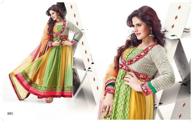 Zarine Khan Dazzling Hot Look Photo Shoot Still