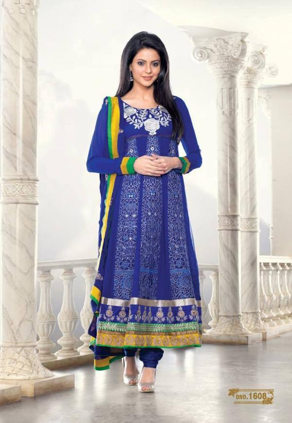 Aamna Sharif Nice Cool Look Photo Shoot In This Long Anarkali Dress