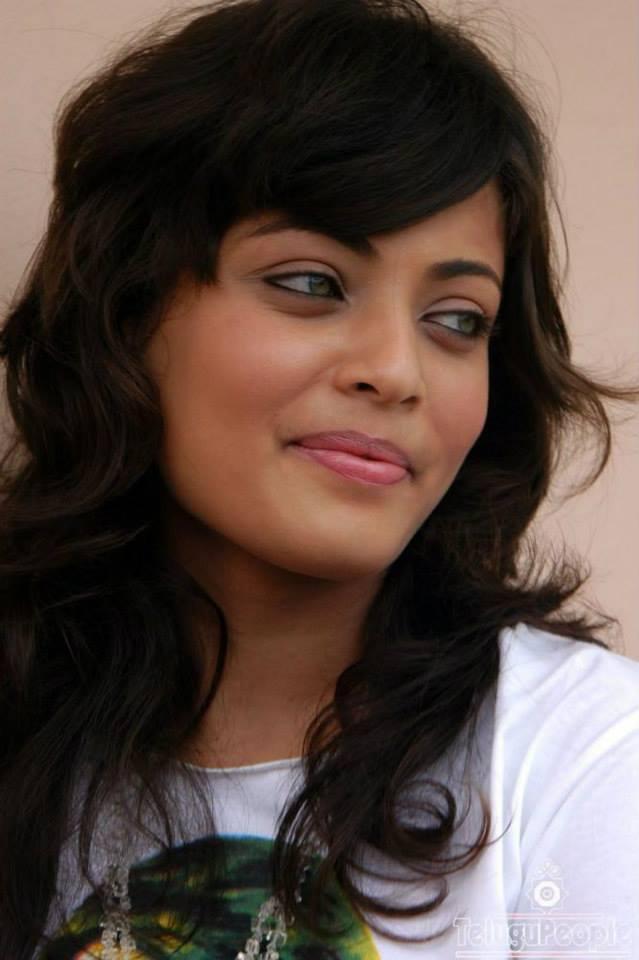 Sneha Ullal Smiling Look Still