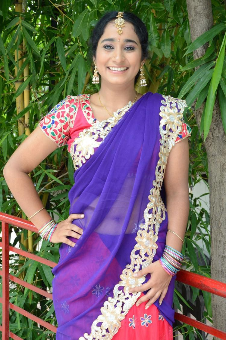 Manasa Open Smile Pic During The Photo Shoot