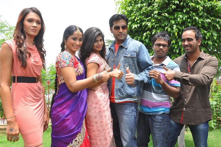 Angel,Manasa,Alekhya And Akash At Anandam Malli Modalaindi Movie Launch