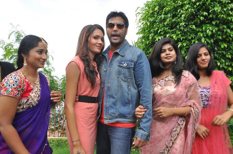 Angel,Manasa,Alekhya And Akash During Anandam Malli Modalaindi Movie Opening