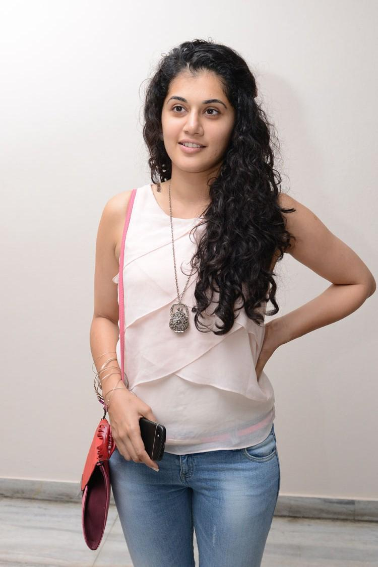 Taapsee Pannu Dazzling Look Photo Still