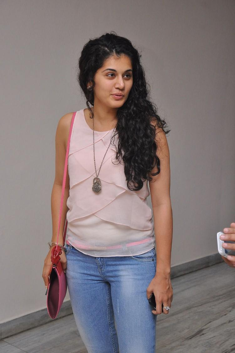 Taapsee Pannu Sizzling Look Photo Still