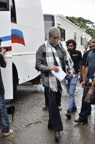 Amitabh Bachchan Shot For 'Kalyan Jewellers' Amidst Heavy Rainfall Along With Three Southern Superstars