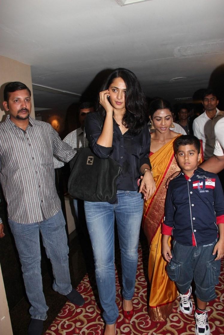 Anushka Shetty Snapped For Super Mom Photo Exhibition