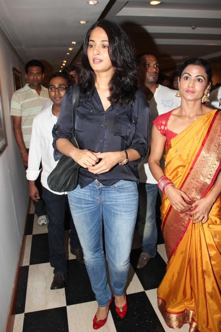 Anushka Shetty With Western Outfit For Super Mom Photo Exhibition
