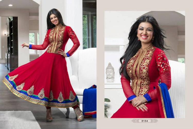 Ayesha Takia In Party Wear Designed Anarkali Suit And Open Smiling Pic