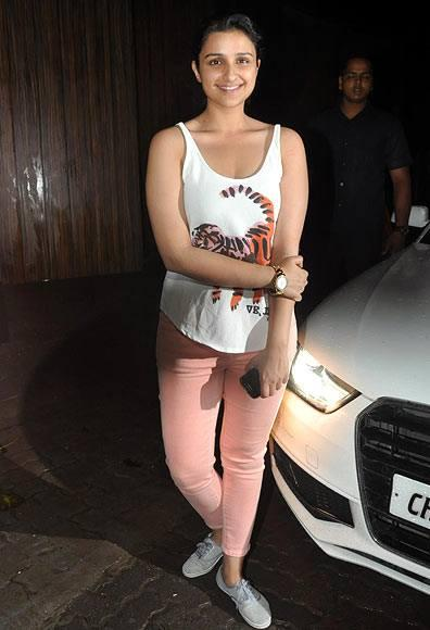 Parineeti Attended The Screening Of Ship Of Theseus At Aamir And Kirans Home