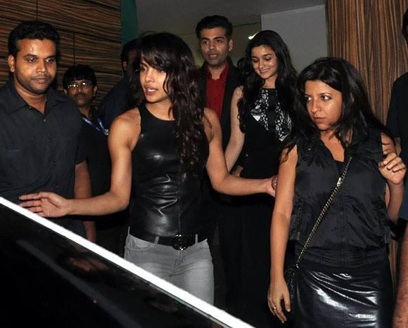 Priyanka Chopra Spotted At Aamir's Home For Attend His Party