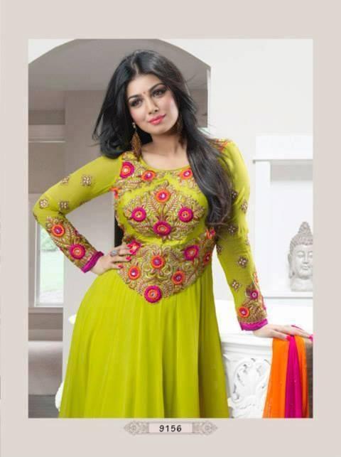 Ayesha Takia Glowing Pretty Still For An Indian Designer Wear