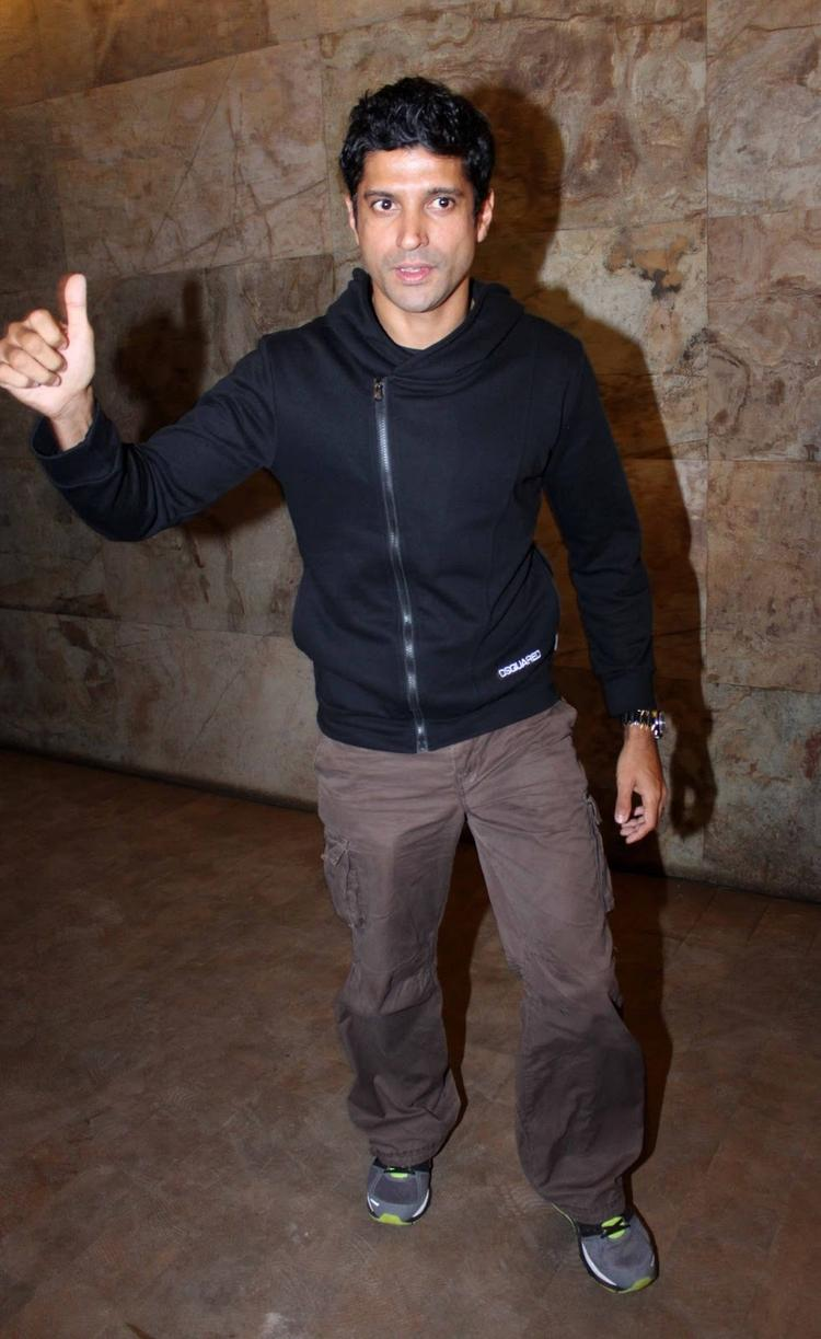 Farhan Akhtar Spotted To Attend Special Screening Of Ramaiya Vastavaiya