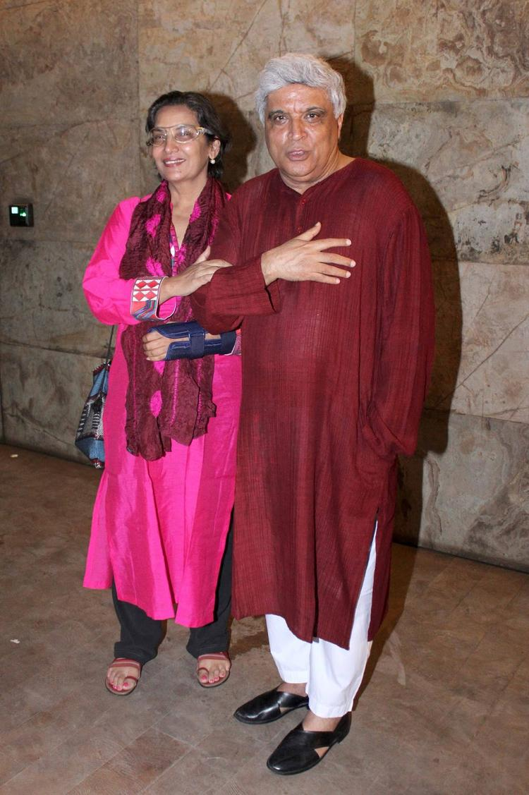 Shabana And Javed Akhtar Strikes A Pose For Photo Shoot