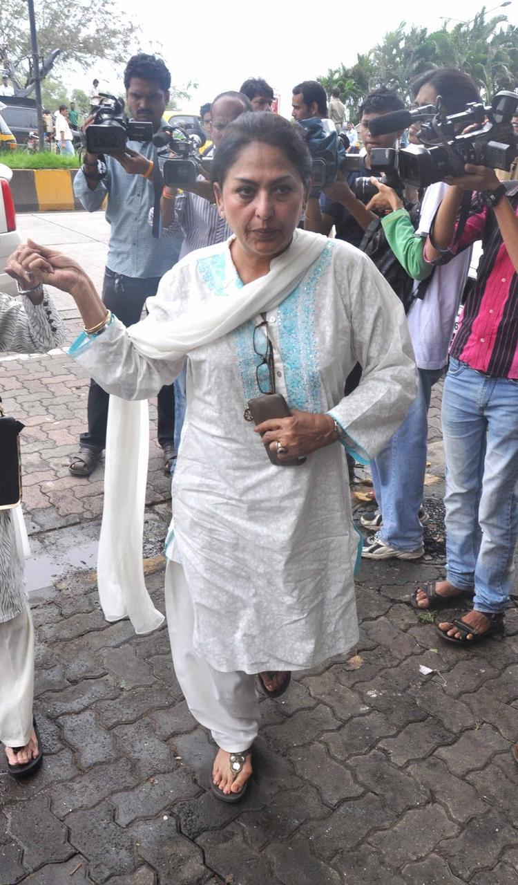 Anju Mahendroo Graced Rajesh Khanna's First Death Anniversary