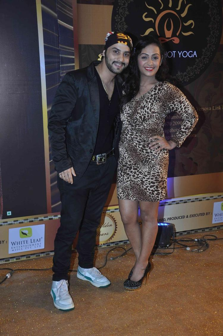 TV Celebs Snapped At The Boroplus Gold Awards 2013
