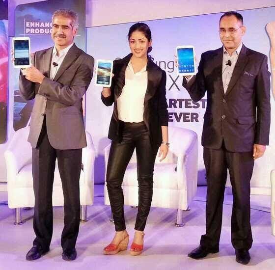 Vineet,Yami And Manu Unveil The Galaxy Tab 3 Series At New Delhi