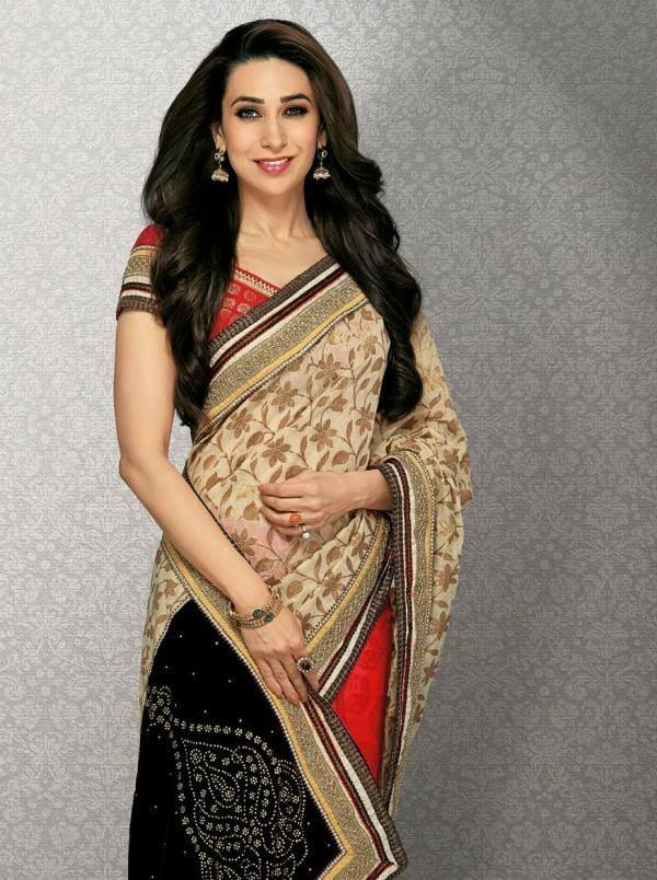 Karisma Kapoor Looks Amazing In This Saree