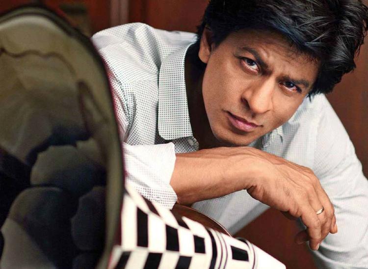 SRK Nice Stunning Look Photo Shoot For Filmfare Magazine August 2013 Issue