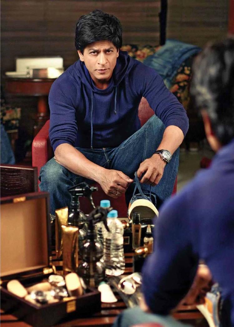 SRK Stylish Handsome On Filmfare Magazine August 2013 Issue