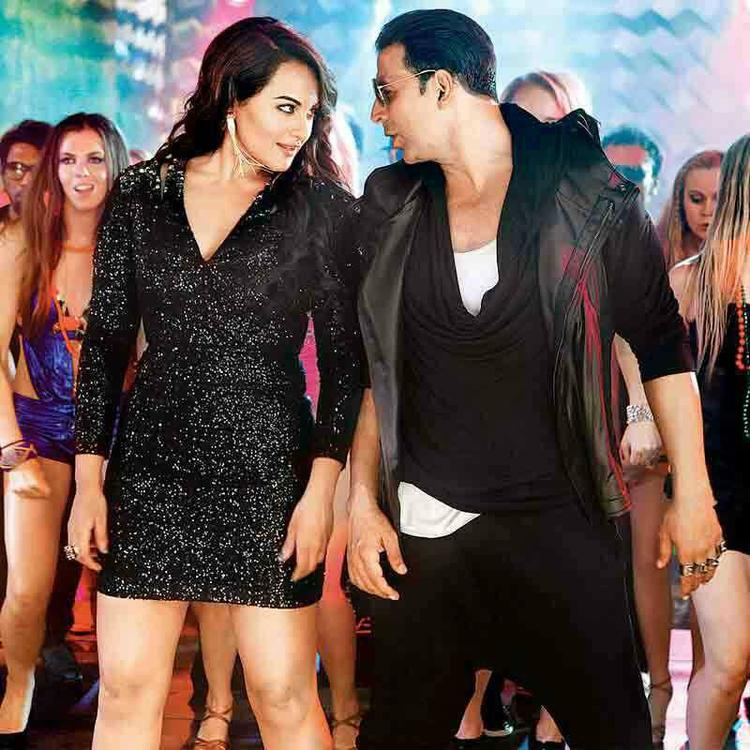 Exclusive Picture Of Akshay Kumar And Sonakshi Sinha On Boss Movie Club Song