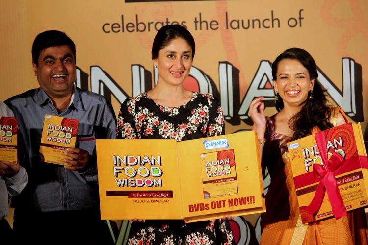 Kareena And Rujuta Launches DVD Of Indian Food Wisdom